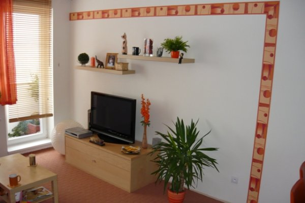 Naše Obývací stěna