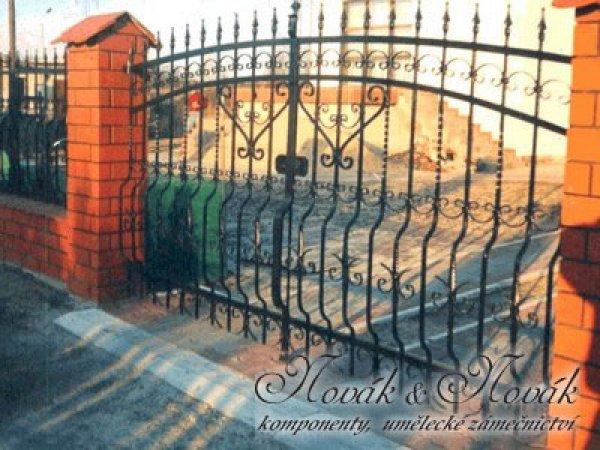 Brána2
