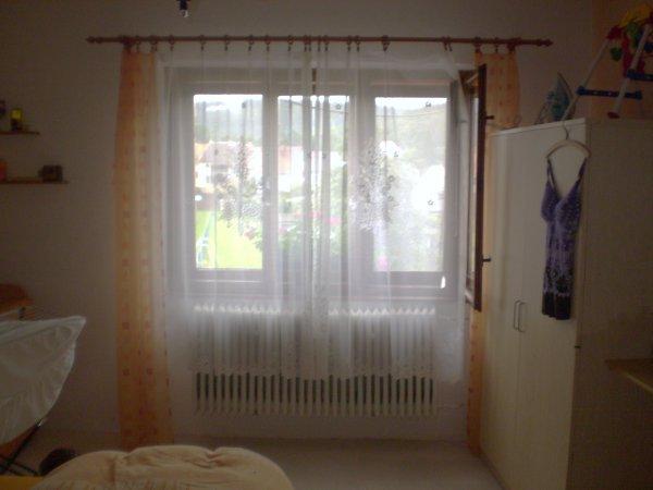 ložnice-pohled od dveří