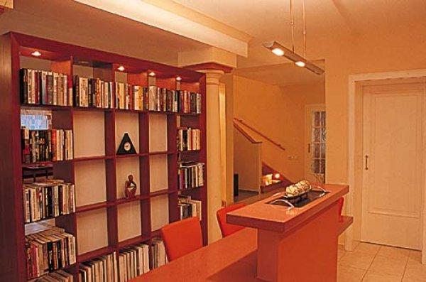 knihovna dekorace.jpg