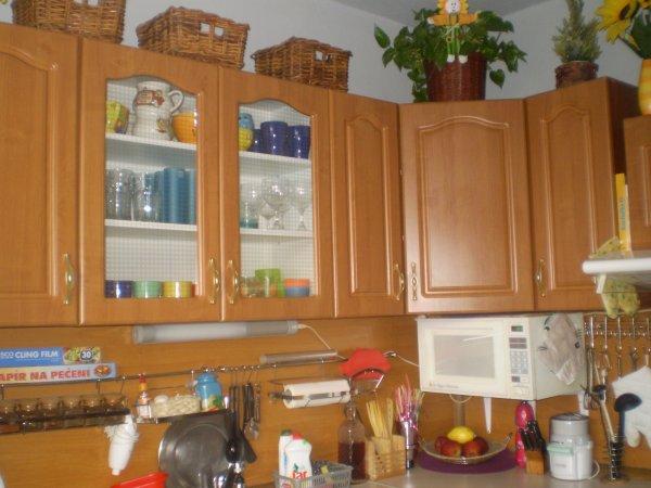 celá naše kuchyń