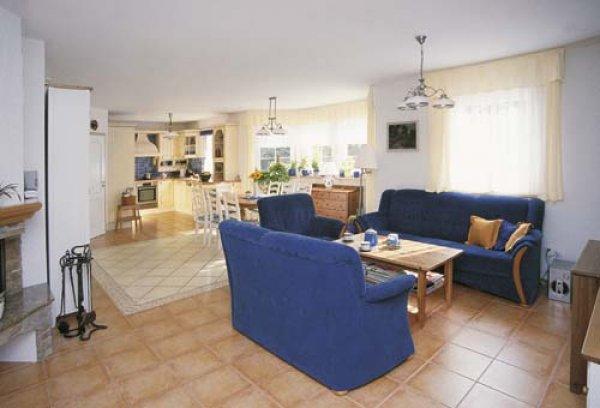 Obývací pokoj s kuchyní - inspirace