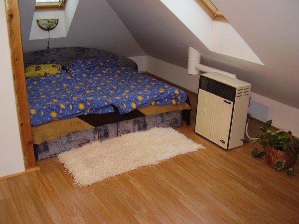"Naše novo ""stara""ložnice"