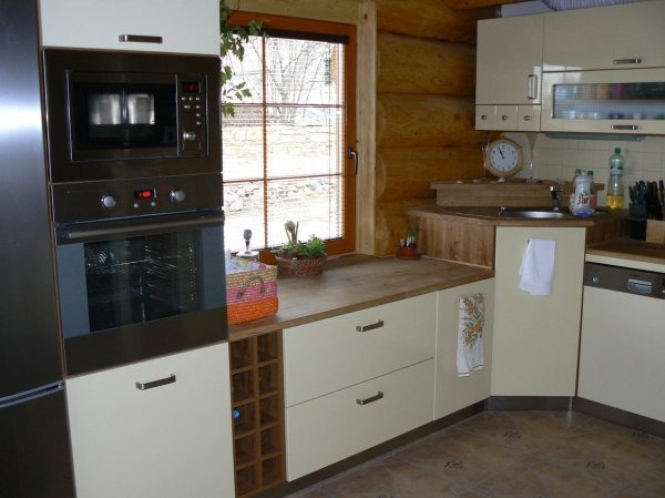 Kuchyně ve srubu 2