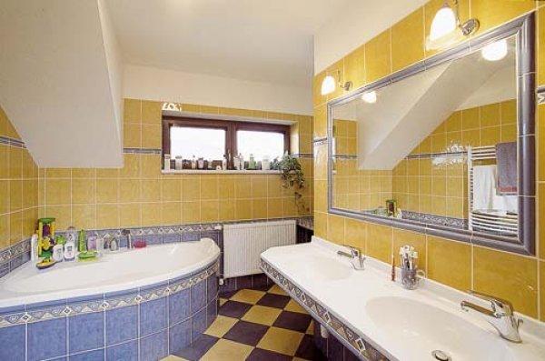 koupelna_zlutomodra.jpg