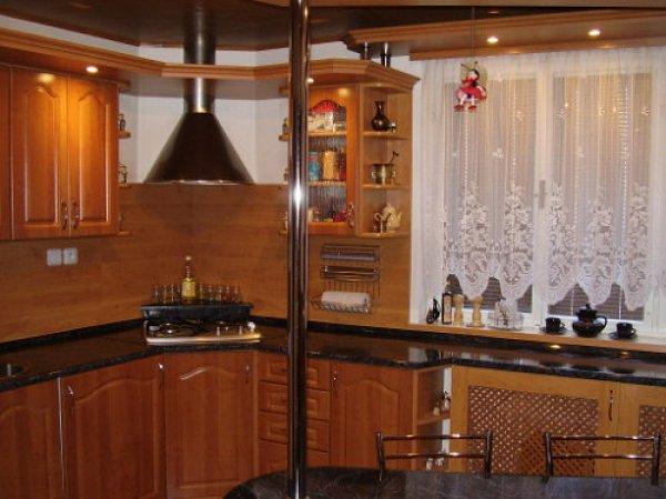 Kuchyň ve dřevě