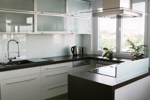 nová paneláková kuchyň