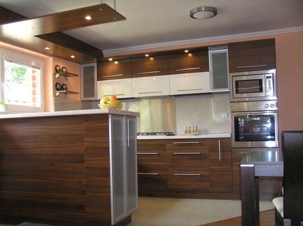 Kuchyna 03