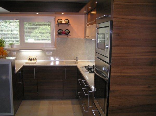 Kuchyna 04