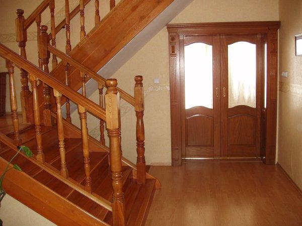 Hala - schody