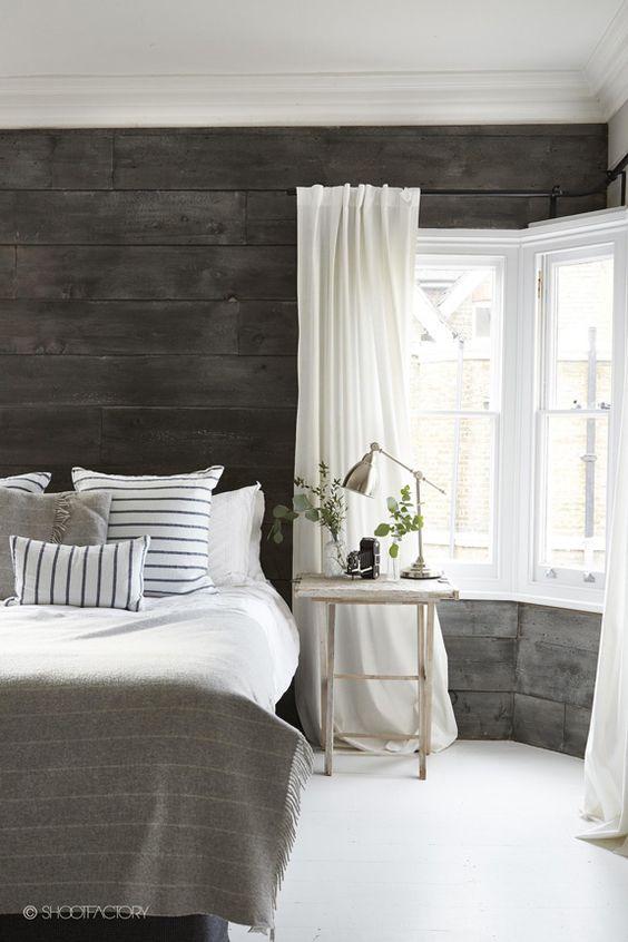 ložnice v rustikálním stylu