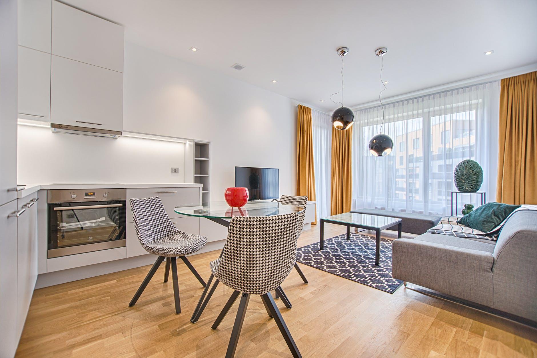Dodejte vašemu obývacímu pokoji na osobitosti s výběrem vhodných barev