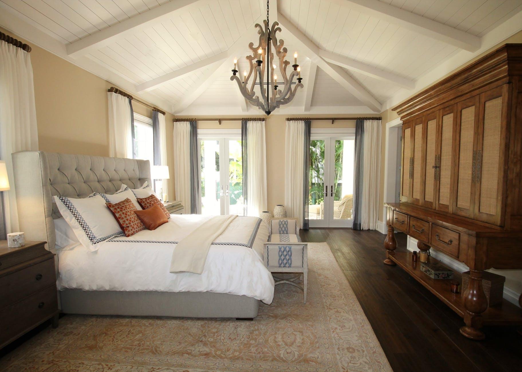 Jak na hezkou a moderní ložnici