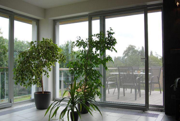 Novinka: okna a dveře z profilů Stavona Dynamic
