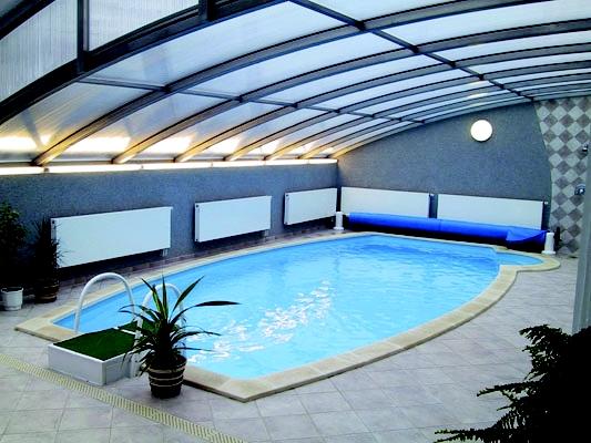 Malý rádce pro majitele vnitřních bazénů