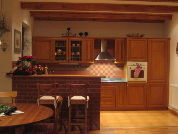 Bydlení čtenářů: Kuchyně a koupelna v klasickém stylu