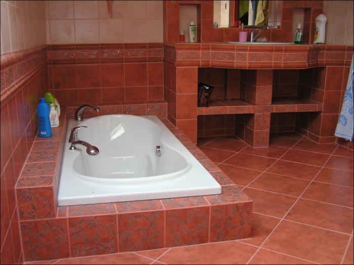 Bydlení čtenářů: Stavba koupelny - 2.část