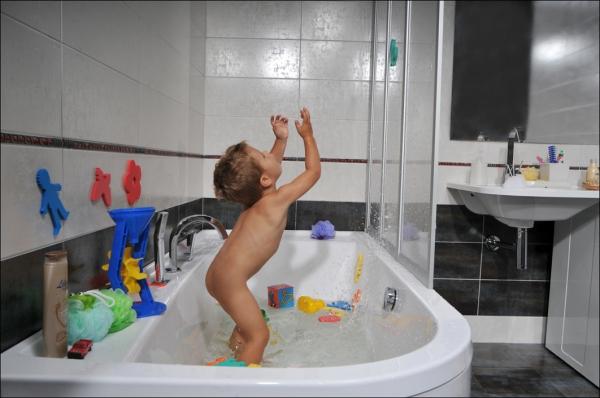 Pohodlné sprchování ve vaně a bez vytírání