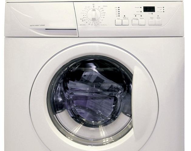 Potřebujete rychle peníze na novou ledničku či pračku? Víme, kdo Vám je půjčí