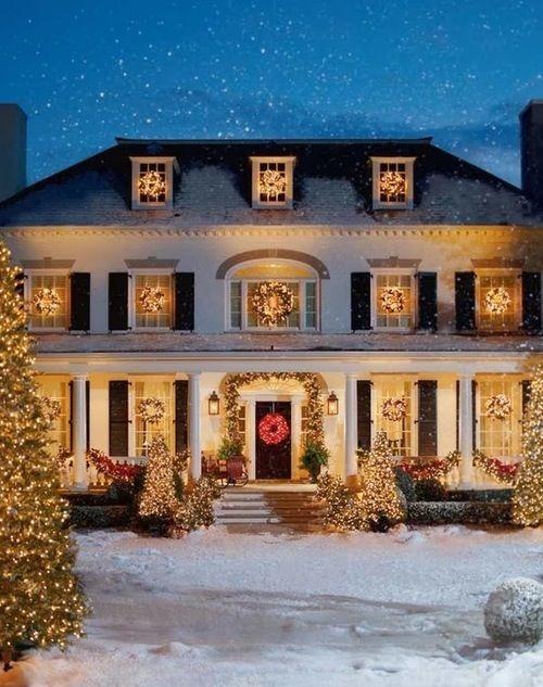 Vánoční solární světla, aneb ozdobte si dům