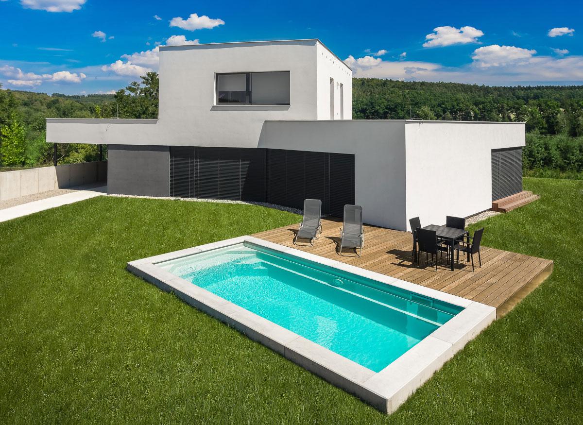 Myslete na léto již nyní a objednejte si zahradní bazén