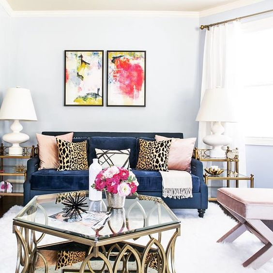 Rozzařte své pokoje barevnými pohovkami