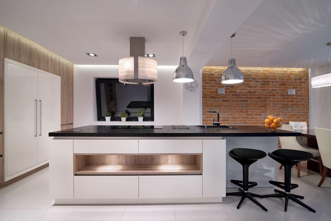 8 tipů, jak si barevně obložit kuchyni
