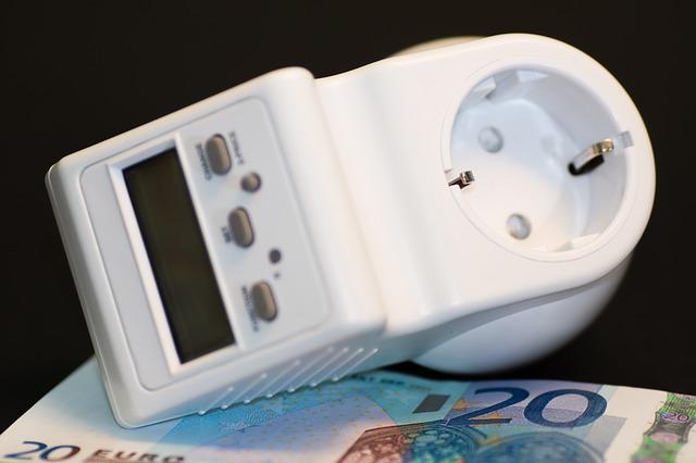 Stavíte, stěhujete se, kupujete nový dům? Zvládněte přepis energií rychle a na jedničku!