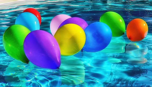 Průzračnou a čistou vodu v zahradním bazénu zajistí písková filtrace