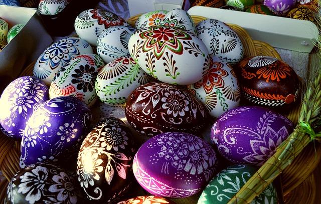 Co s velikonočními vařenými vajíčky? Tyto 3 skvělé recepty!