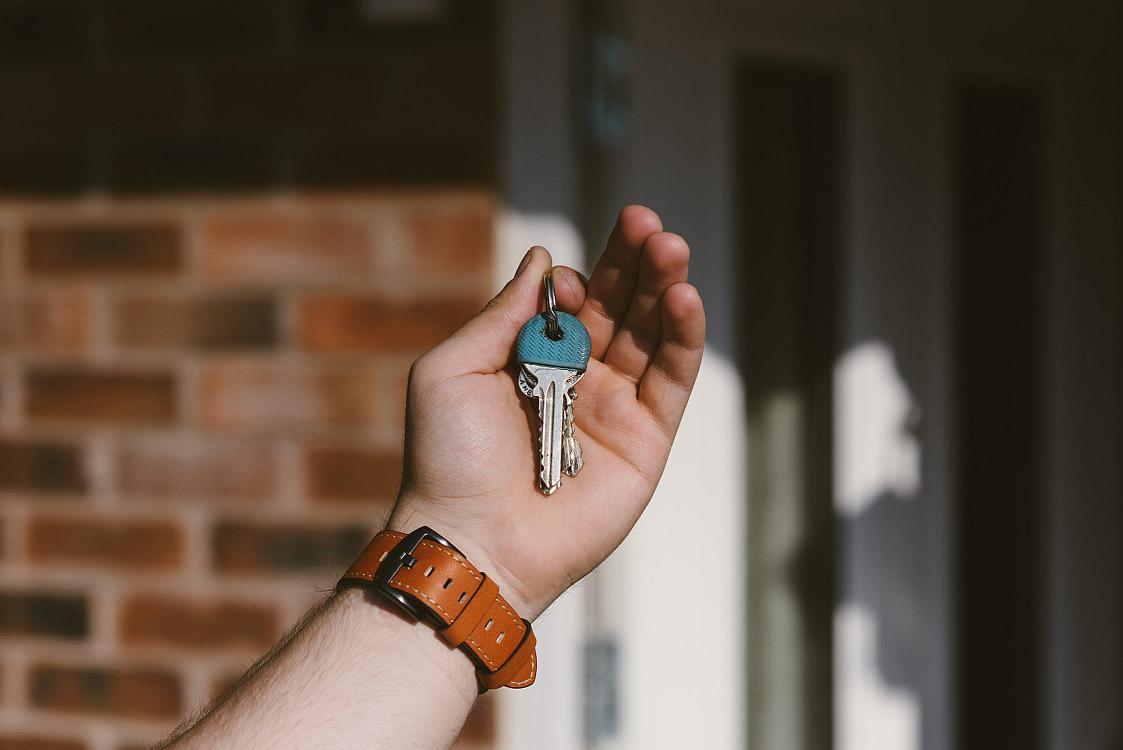 Zajistí vám bezpečnostní zámek stejnou ochranu jako bezpečnostní dveře?