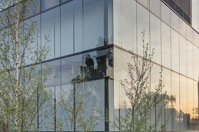 Guardian Glass uvádí na evropský trh sklo pro regulaci slunečního záření