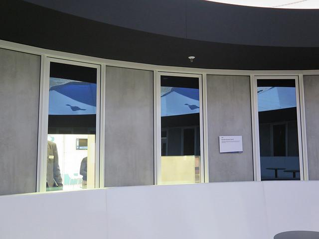 Společnost Guardian Glass představuje budoucnost dynamického zastiňování oken a dveří