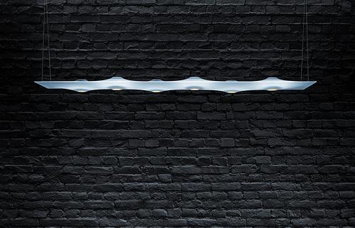 Světelný panel Teela od značky Zumtobel vzbudí emoce a dodá prostoru jedinečnou auru