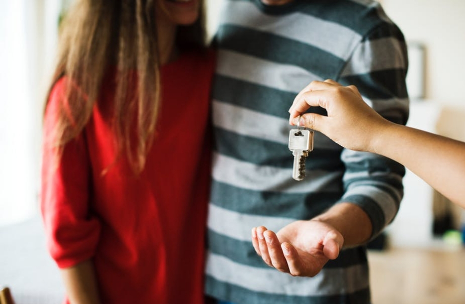 Máme si vybrat hypotéku nebo nájem?