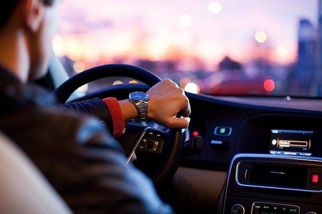 Koupit auto na leasing, úvěr, nebo za hotové?