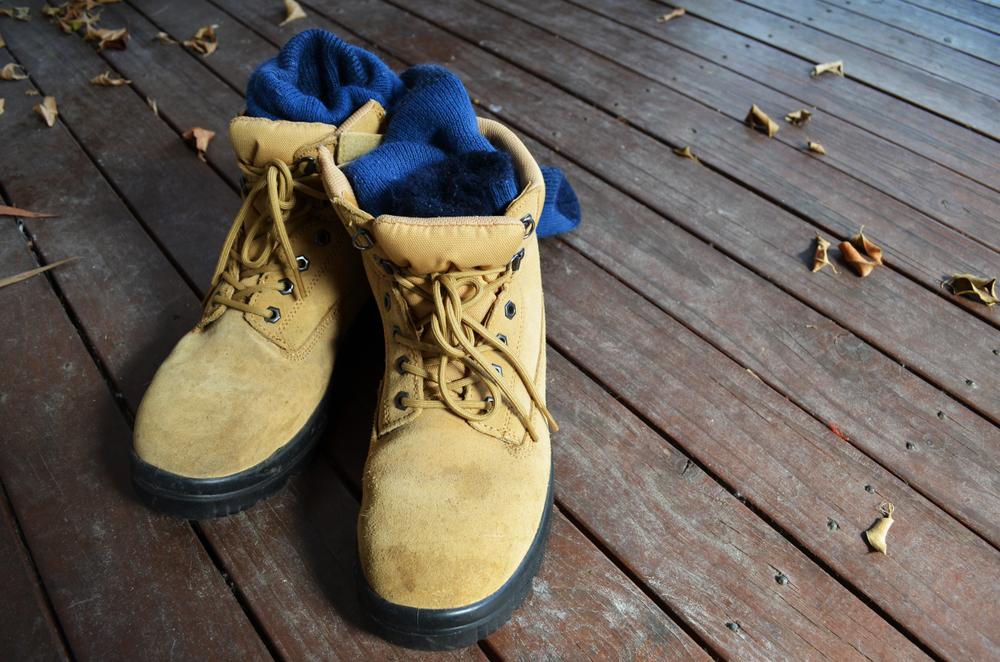 Pracovní ponožky: Často opomíjená součást pracovního oblečení
