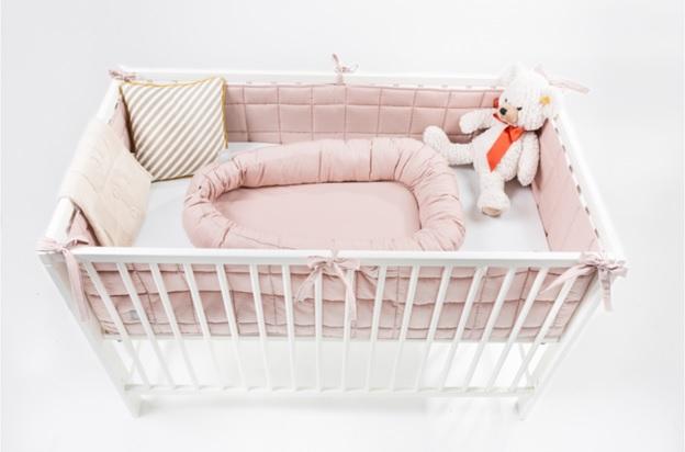 Novopečení rodiče, zbystřete. Už máte hnízdo pro miminko?