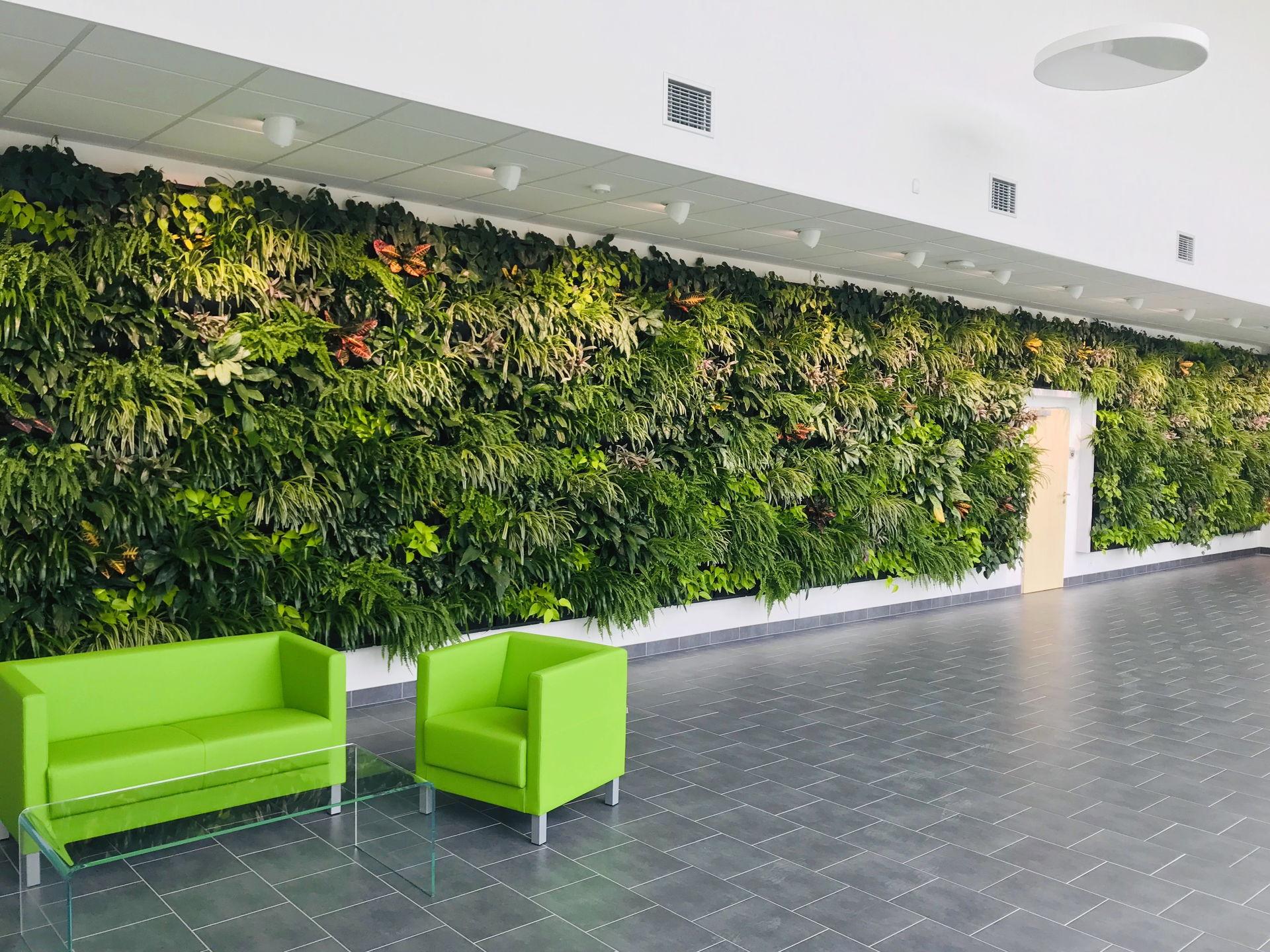 Vertikální zahrady jako součást moderního interiéru