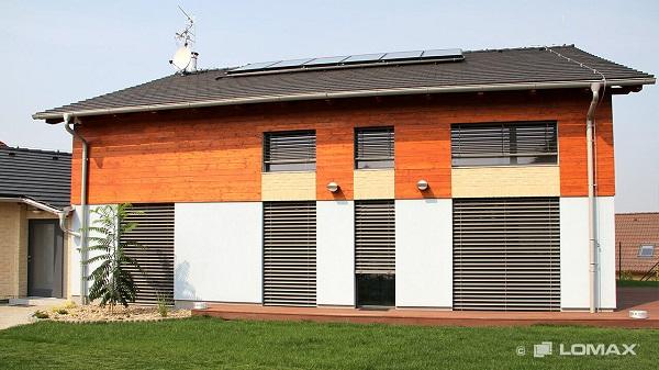 Výhody kvalitní tepelné izolace: Využijte spolehlivá garážová vrata, okna a dveře