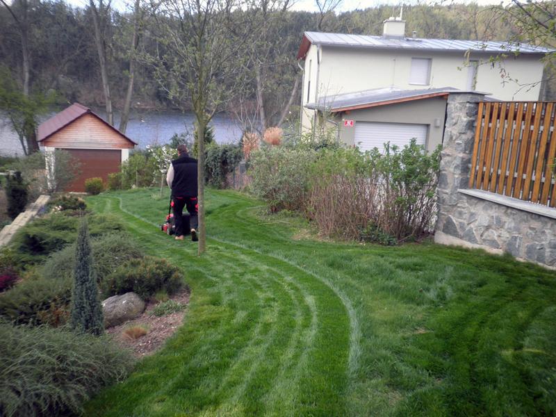 Údržba zahrad na podzim – co můžete dělat na zahradě v září
