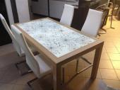 Kuchyně Komárek stůl