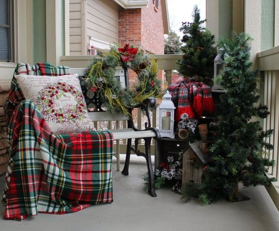 vánoční výzdoba balkónů a teras